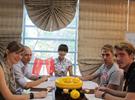 2015年有多少外国人在学汉语